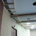 南茅部支所多目的ホール天井アスベスト囲い込み工事2